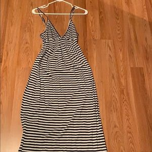 Old Navy - Navy and white stripe cotton dress